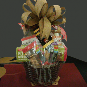 Sultan Tea small gift basket. Contains healthy snack variety